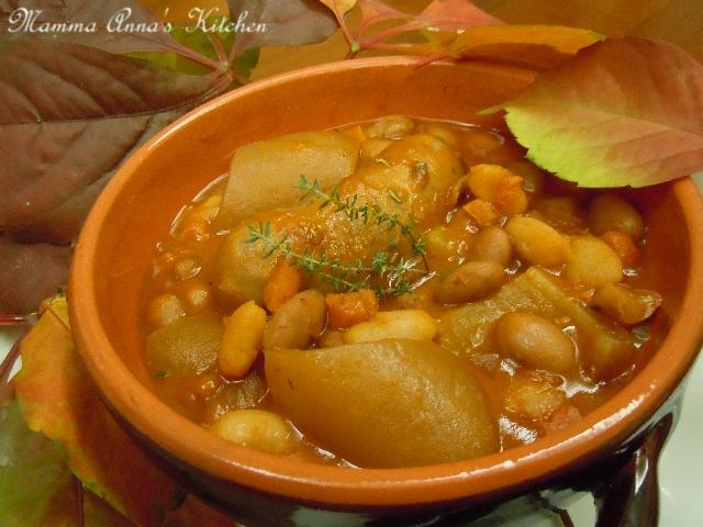 FAGIOLATA CON SALSICCE E COTICHE | Mamma Anna\'s Kitchen