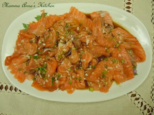 salmone marinato in salsa di soia